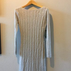 Sweater dress with removable lining